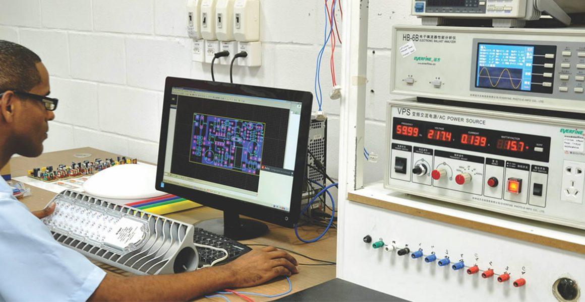 fabrica-laboratorio-lampada-led